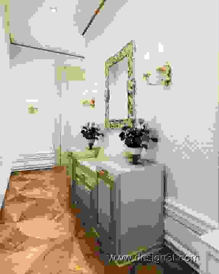 прихожая Коридор, прихожая и лестница в классическом стиле от студия Design3F Классический