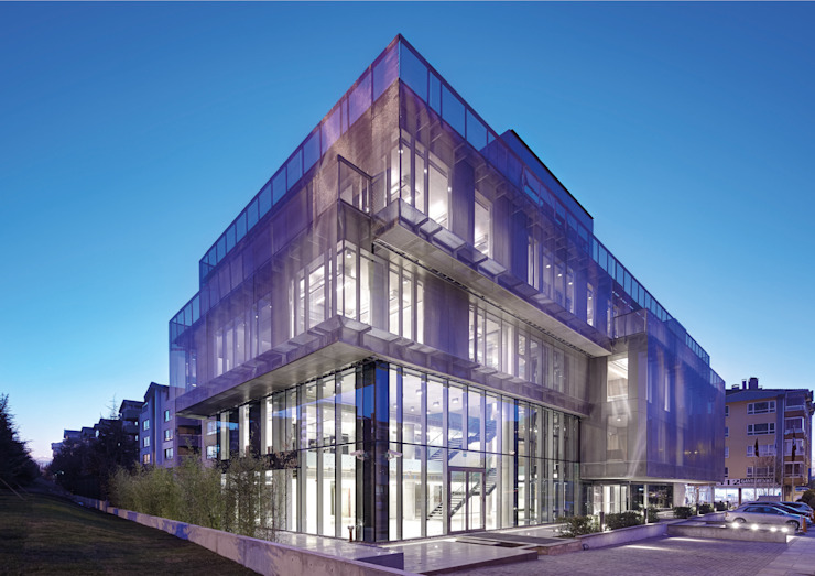 AVCIARCHITECTS_01_EXTERIOR_NIGHT Avci Architects Modern