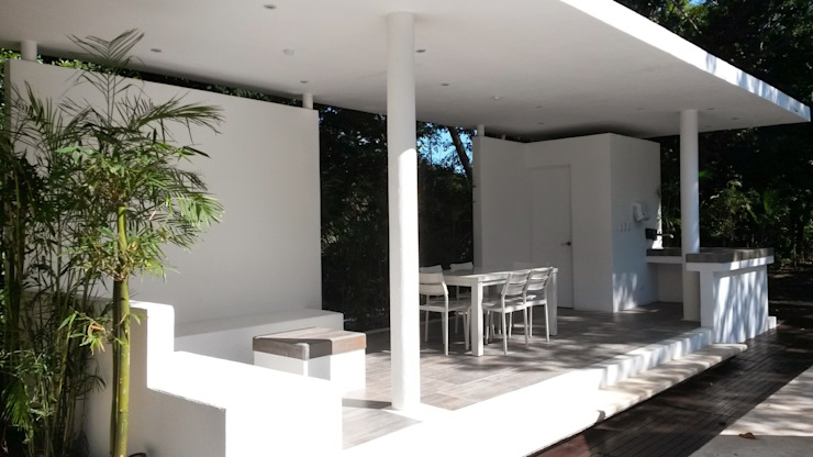 interior Jardines modernos de sandro bortot arquitecto Moderno