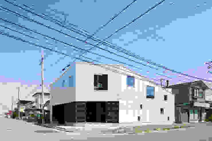 外観(北西側): 花田設計事務所が手掛けた現代のです。,モダン