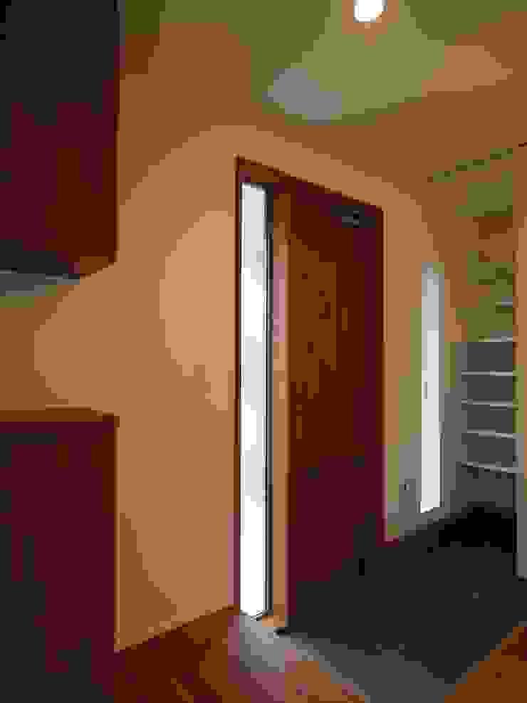 玄関ドア オリジナルな 窓&ドア の ai建築アトリエ オリジナル