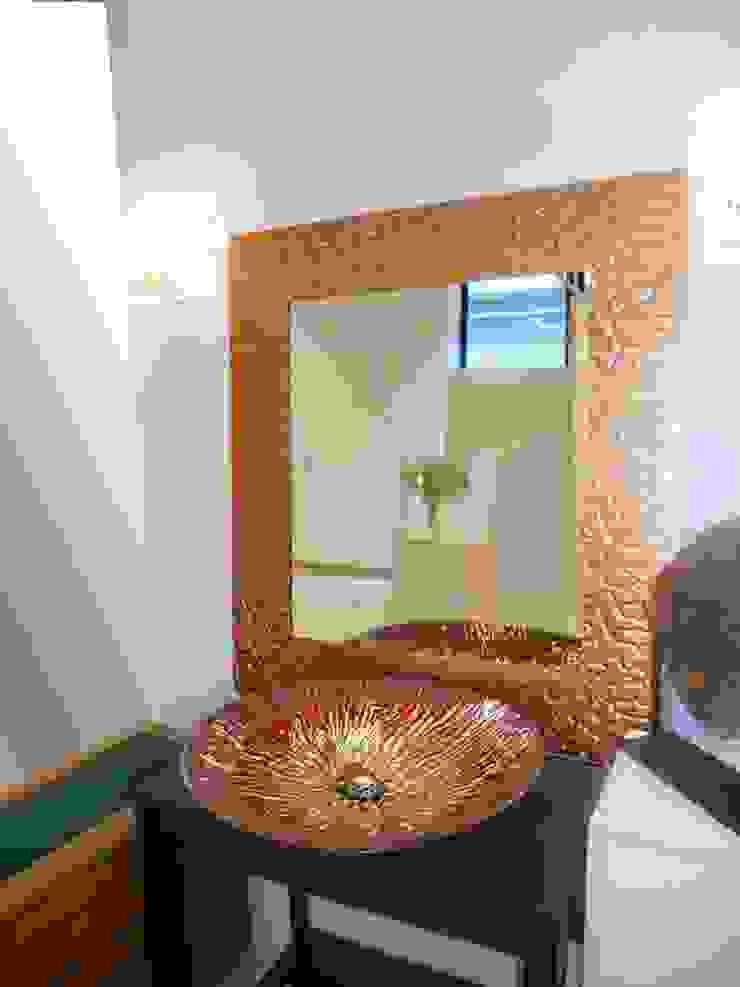 Camkanatlar – Özel Tasarım Ayna ve Lavabo: modern tarz , Modern