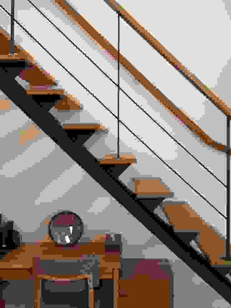 階段 オリジナルスタイルの 玄関&廊下&階段 の ai建築アトリエ オリジナル