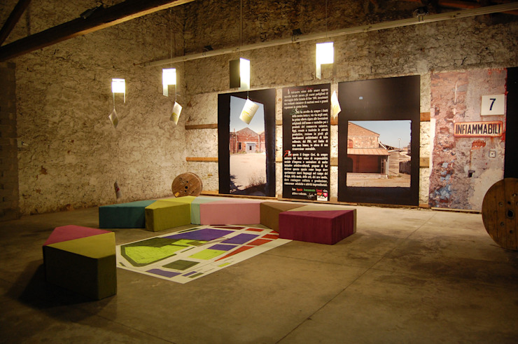 Il loft start-up Centro congressi in stile industrial di Studio Arkilab - Seby Costanzo Industrial