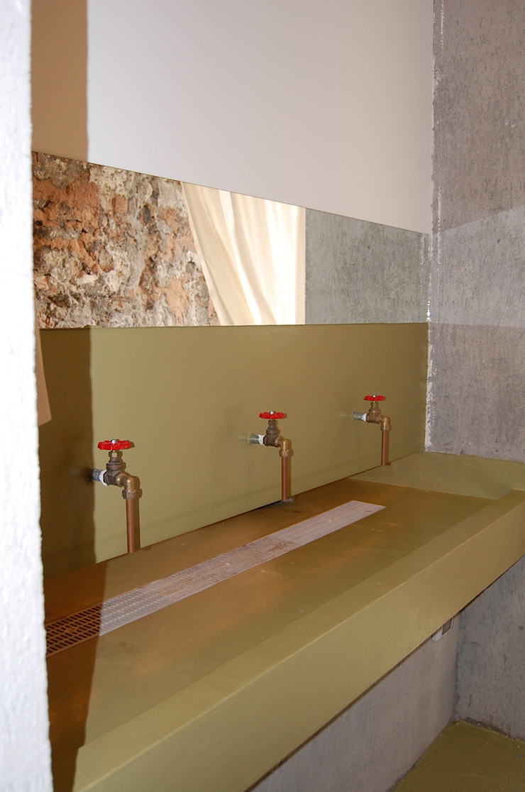 L'agorà Spazi commerciali in stile industrial di Studio Arkilab - Seby Costanzo Industrial