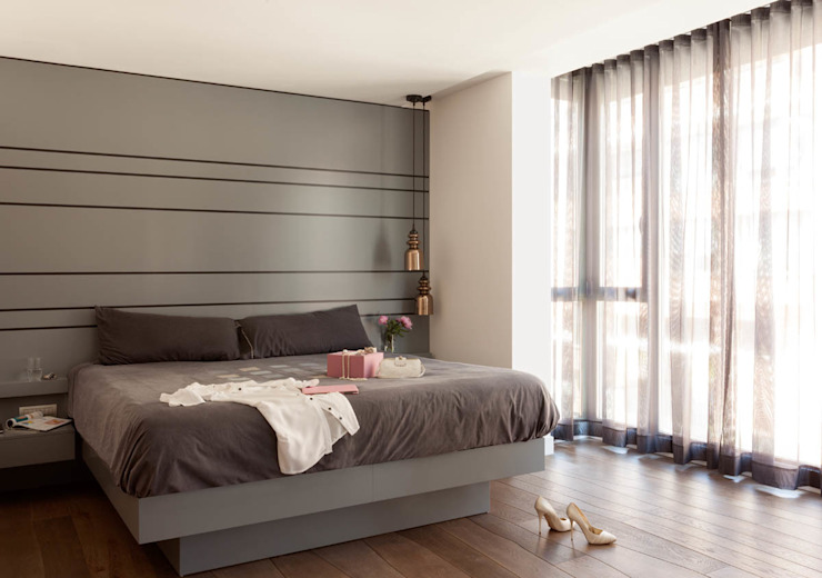 Modern Bedroom by ESTER SANCHEZ LASTRA Modern