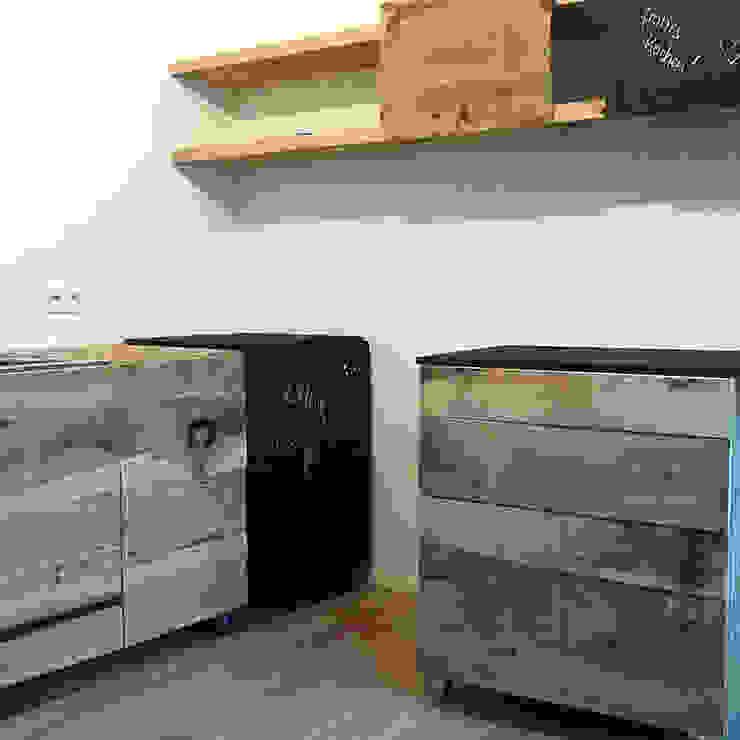 Bewegende Küche – not complete yet! von Frau Caze Rustikal