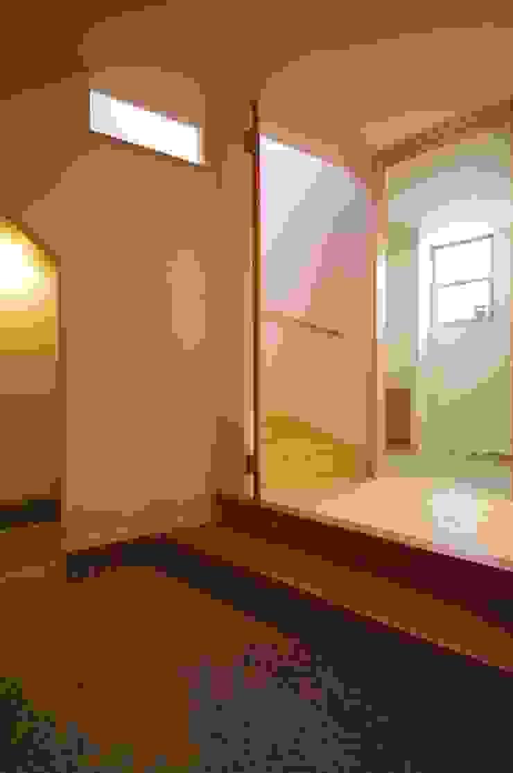 K+Yアトリエ一級建築士事務所 Eclectic style corridor, hallway & stairs