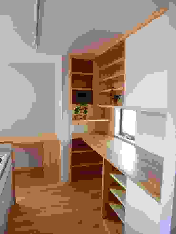 Scandinavian style kitchen by K+Yアトリエ一級建築士事務所 Scandinavian