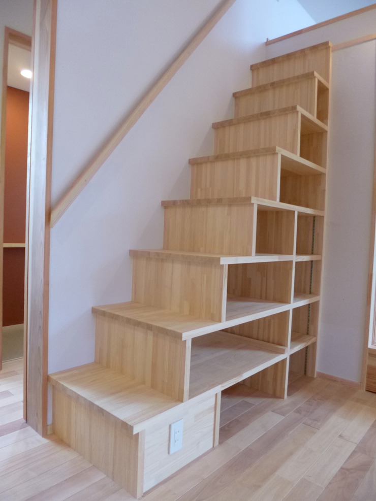 Eclectic style corridor, hallway & stairs by K+Yアトリエ一級建築士事務所 Eclectic