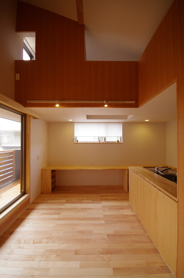 Eclectic style dining room by K+Yアトリエ一級建築士事務所 Eclectic