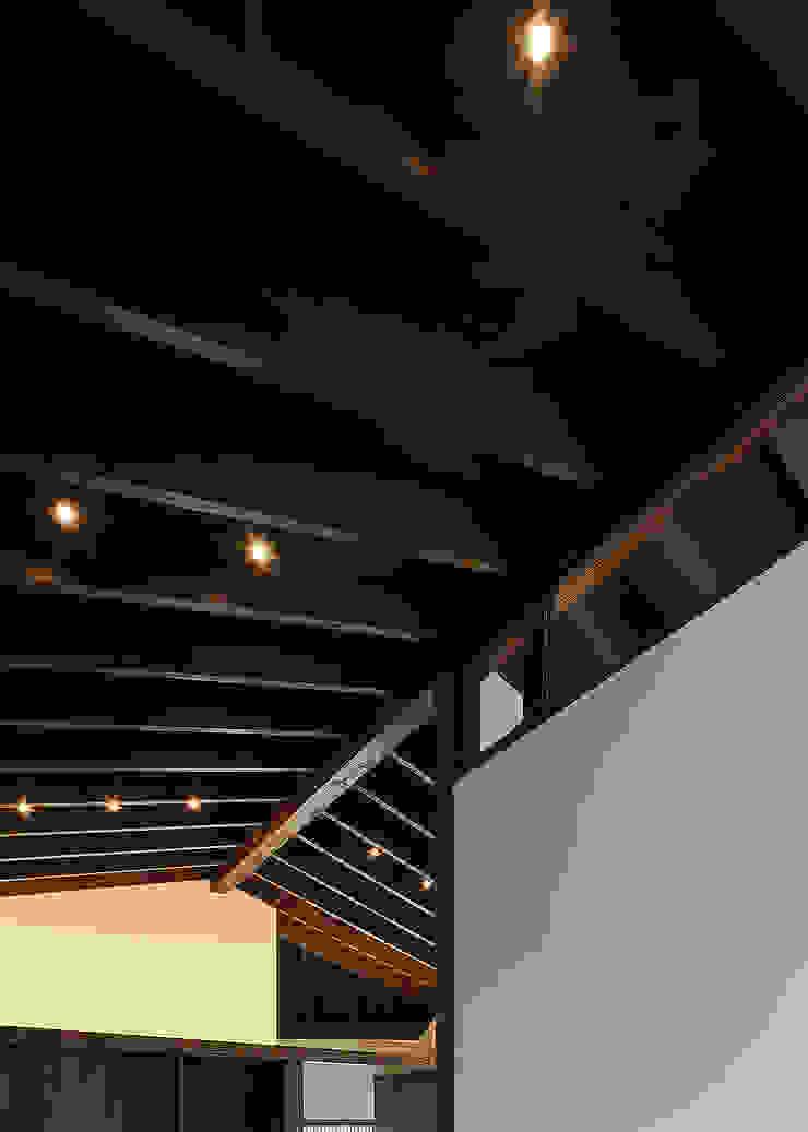 野間の家 オリジナルデザインの リビング の 傳寶慶子建築研究所 オリジナル