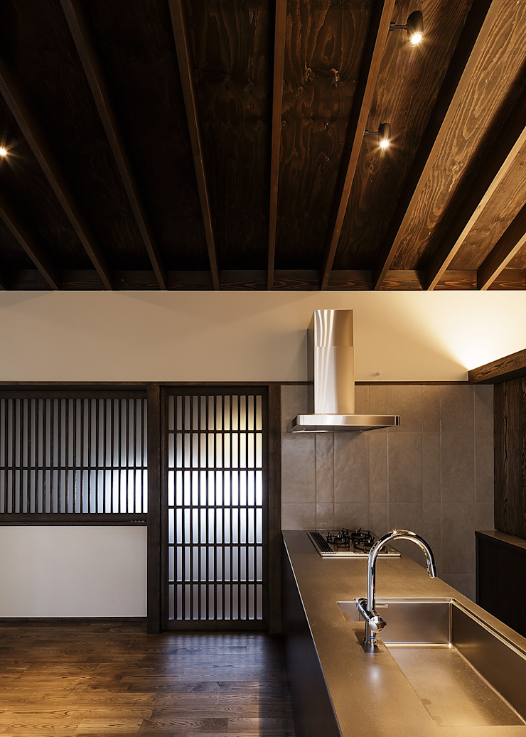 野間の家 オリジナルデザインの キッチン の 傳寶慶子建築研究所 オリジナル