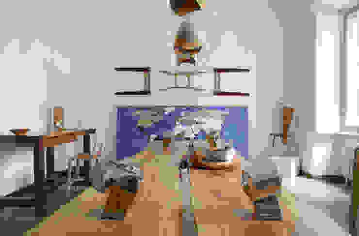 "Banco da cucina ""Falegname"" Negozi & Locali commerciali in stile scandinavo di SLOW WOOD - The Wood Expert Scandinavo"