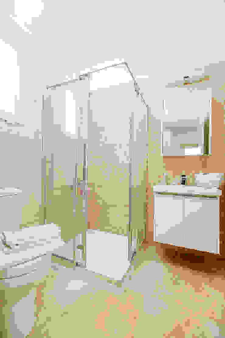 Kıbrıs Developments Modern style bathrooms