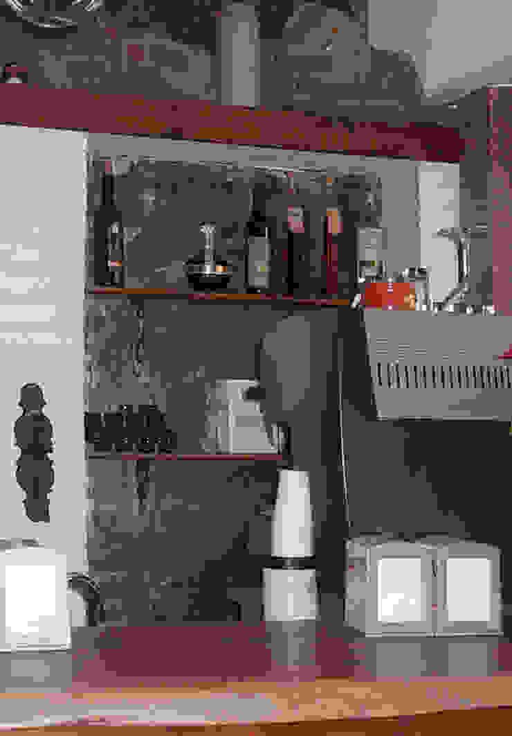 Banco Bar Negozi & Locali commerciali in stile rustico di Arch. Fabio Pacillo Rustico