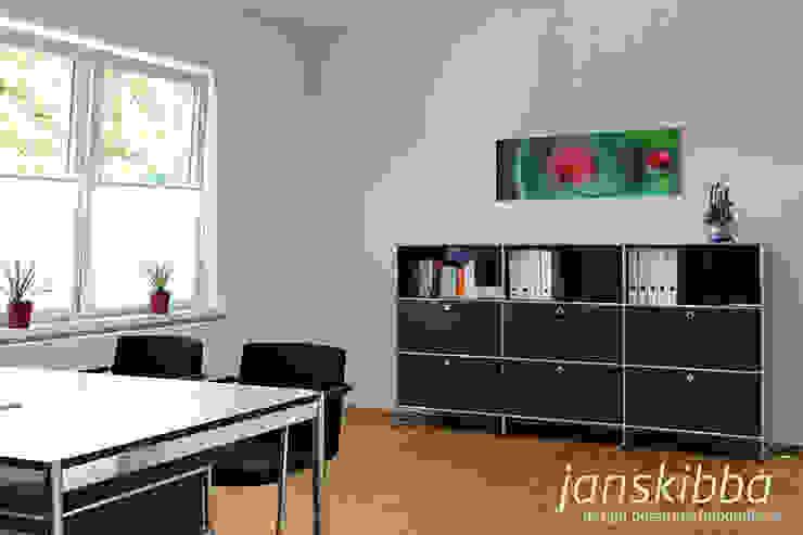 Büro Klassische Bürogebäude von JAN SKIBBA DESIGN Klassisch