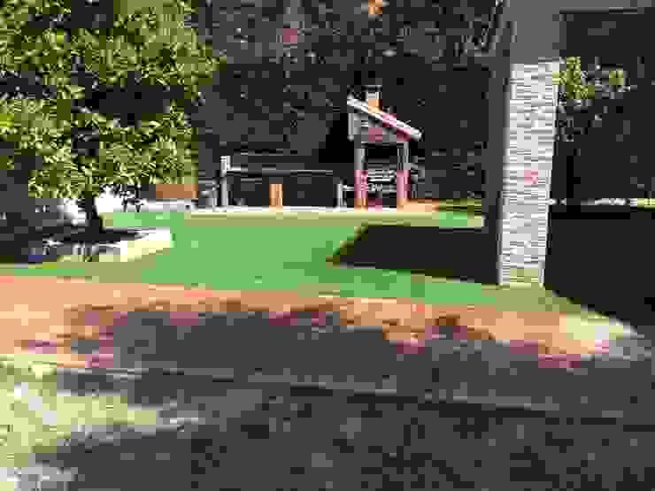 Modern Bahçe Allgrass Solutions Modern