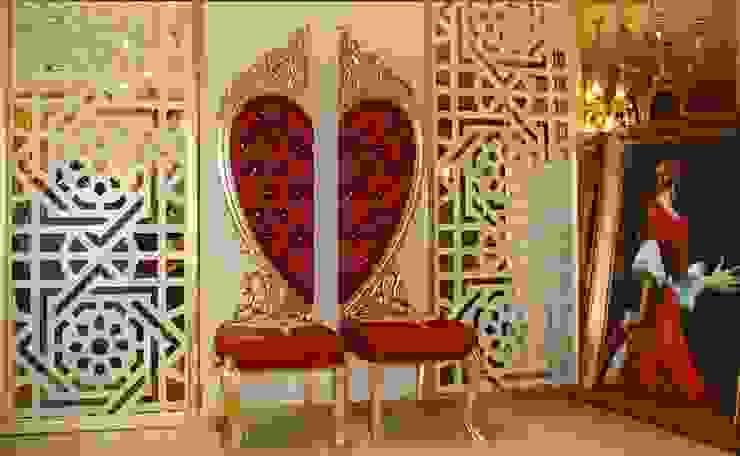 VENÜS KALPLİ SANDAYE Asortie Mobilya Dekorasyon Aş. Klasik