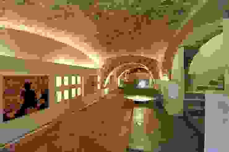 Spazio Corsetti 1921 Roma Sala multimediale moderna di EMC | Architects Workshop Moderno
