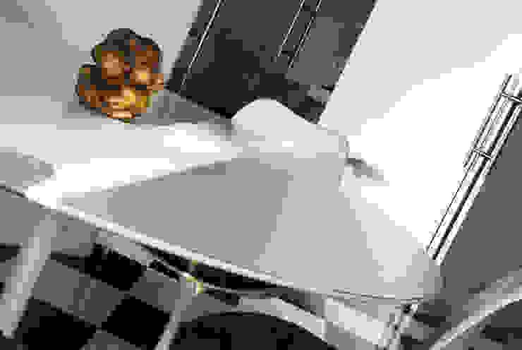 Villa EUR Roma 2010/1012 Sala da pranzo moderna di EMC | Architects Workshop Moderno
