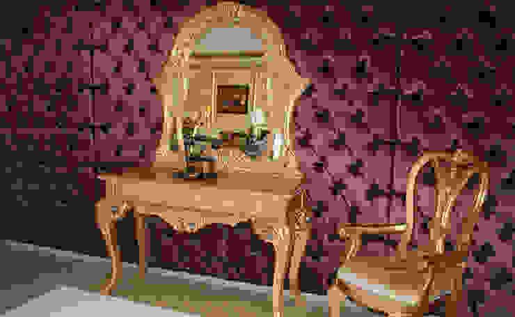 Hành lang, sảnh & cầu thang phong cách kinh điển bởi Asortie Mobilya Dekorasyon Aş. Kinh điển