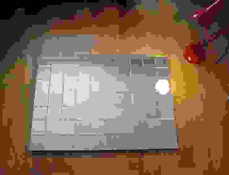 Bespoke Antique Mirror for London Residence: modern  by Alguacil & Perkoff Ltd., Modern