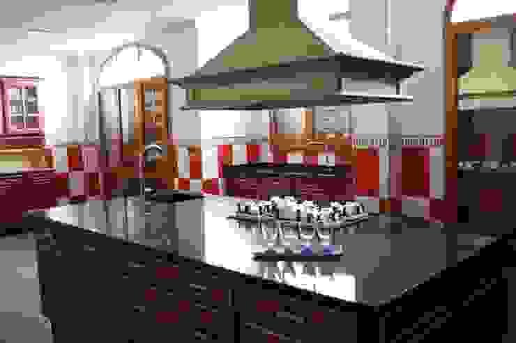 Isla para cocción, y pequeño fregadero de MUDEYBA S.L. Rústico