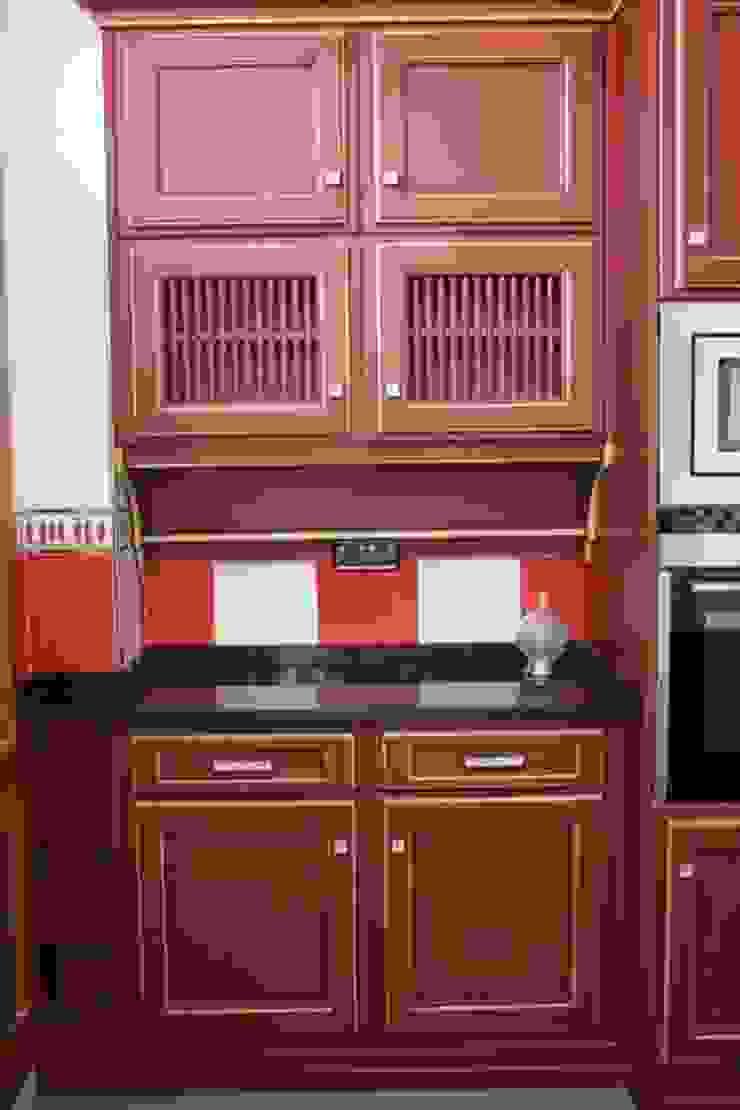 MUDEYBA S.L. KitchenStorage