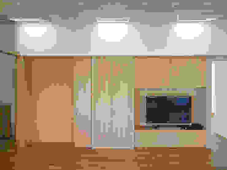 連続トップライト ミニマルな 窓&ドア の 田所裕樹建築設計事務所 ミニマル