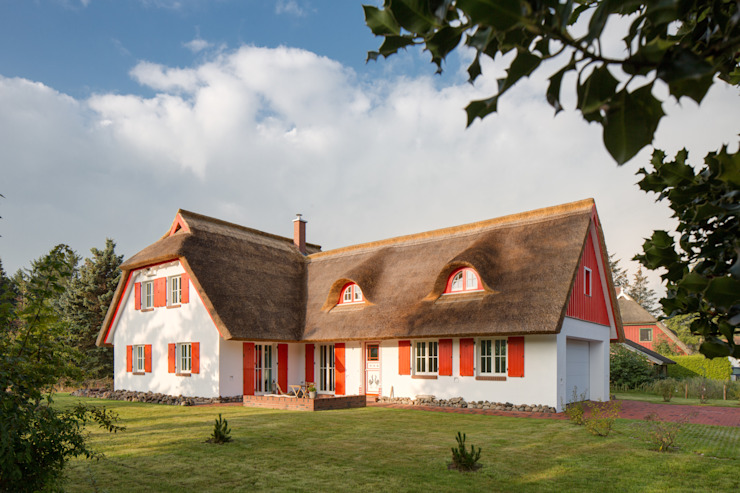 Rekonstruktion Kapitänshaus Born/Ostsee von Dr. Michael Flagmeyer Architekten Landhaus