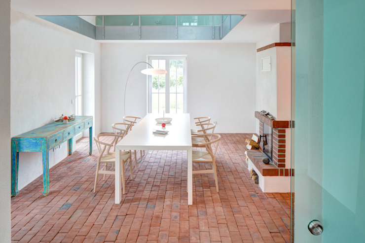Dining room by Dr. Michael Flagmeyer Architekten, Classic