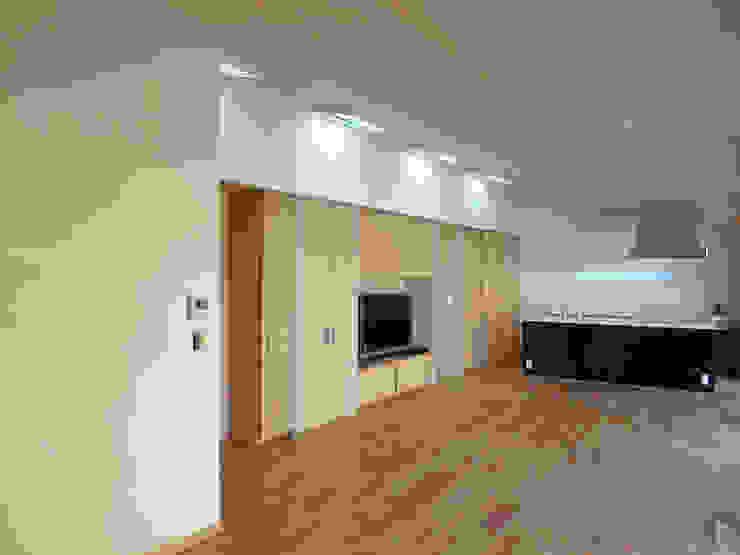 LDK ミニマルデザインの リビング の 田所裕樹建築設計事務所 ミニマル