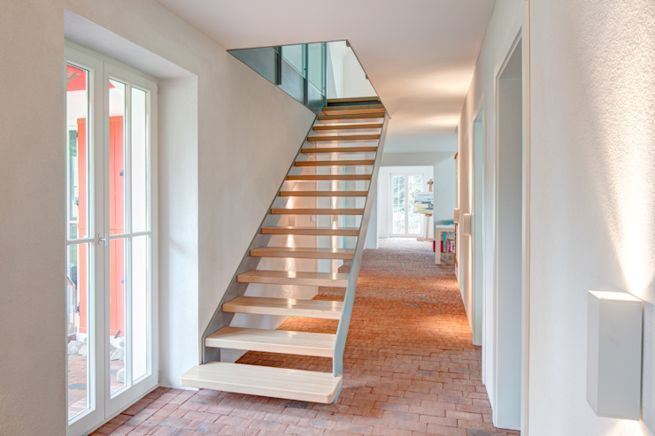 Dr. Michael Flagmeyer Architekten Classic style corridor, hallway and stairs