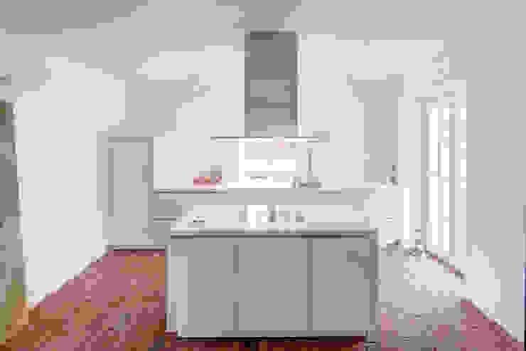 Cozinhas modernas por Dr. Michael Flagmeyer Architekten Moderno
