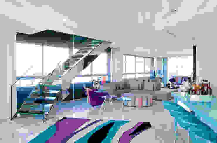 Salas de estilo  por Brunete Fraccaroli Arquitetura e Interiores, Clásico