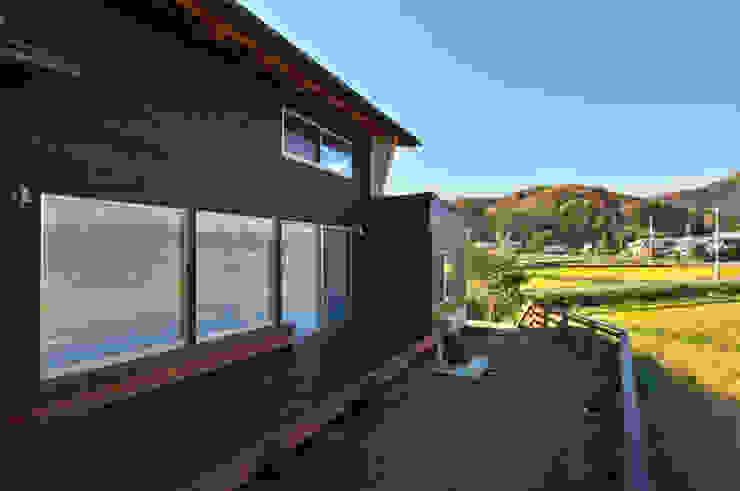 北庭 ラスティックな 庭 の DEMU建築設計事務所 ラスティック