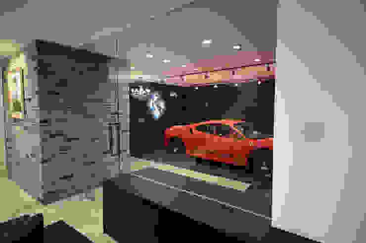 S邸ガレージハウス モダンデザインの ガレージ・物置 の 一級建築士事務所・スタジオインデックス モダン