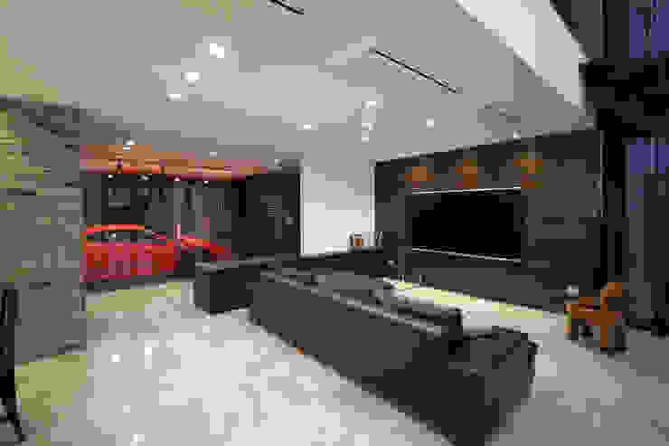 一級建築士事務所・スタジオインデックス Ruang Keluarga Modern