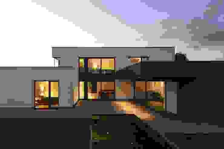 Haus_W Moderne Häuser von Fachwerk4 | Architekten BDA Modern
