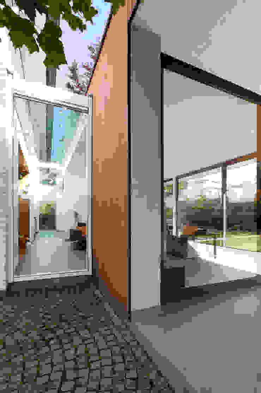 los van bestaande bouw Moderne ramen & deuren van 3d Visie architecten Modern