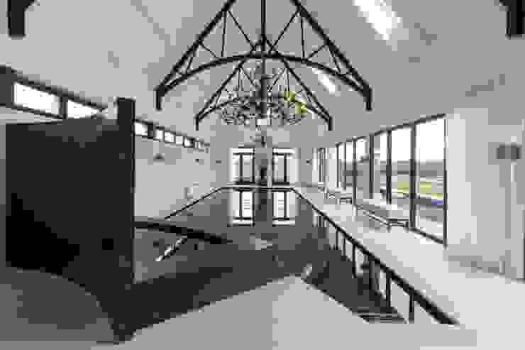 Realisatie Waterstijl binnenwellness in HoekseWaard van Waterstijl Luxe Zwembaden