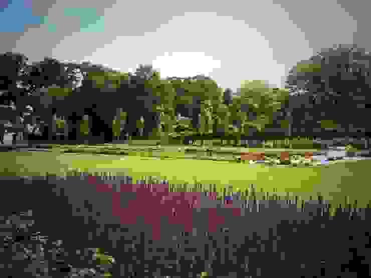 Stam Hoveniers GartenPflanzen und Blumen