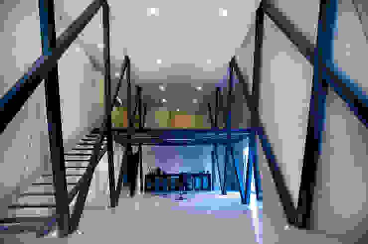 Oficina Principal Edificios de oficinas de estilo moderno de Arturo Campos Arquitectos Moderno