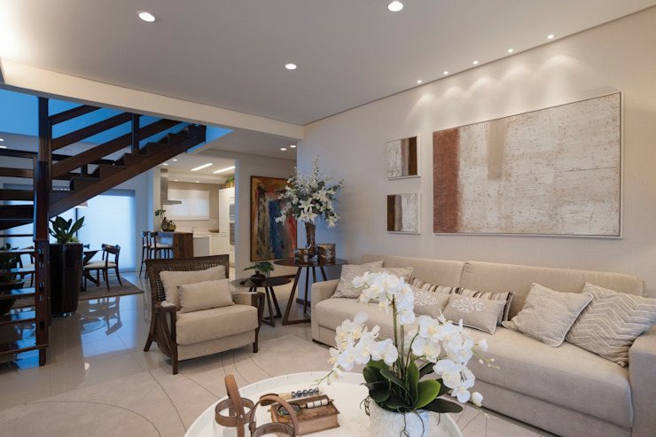 Modern Living Room by Arquidecô Modern