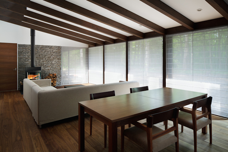 Asian style dining room by atelier137 ARCHITECTURAL DESIGN OFFICE Asian Wood Wood effect