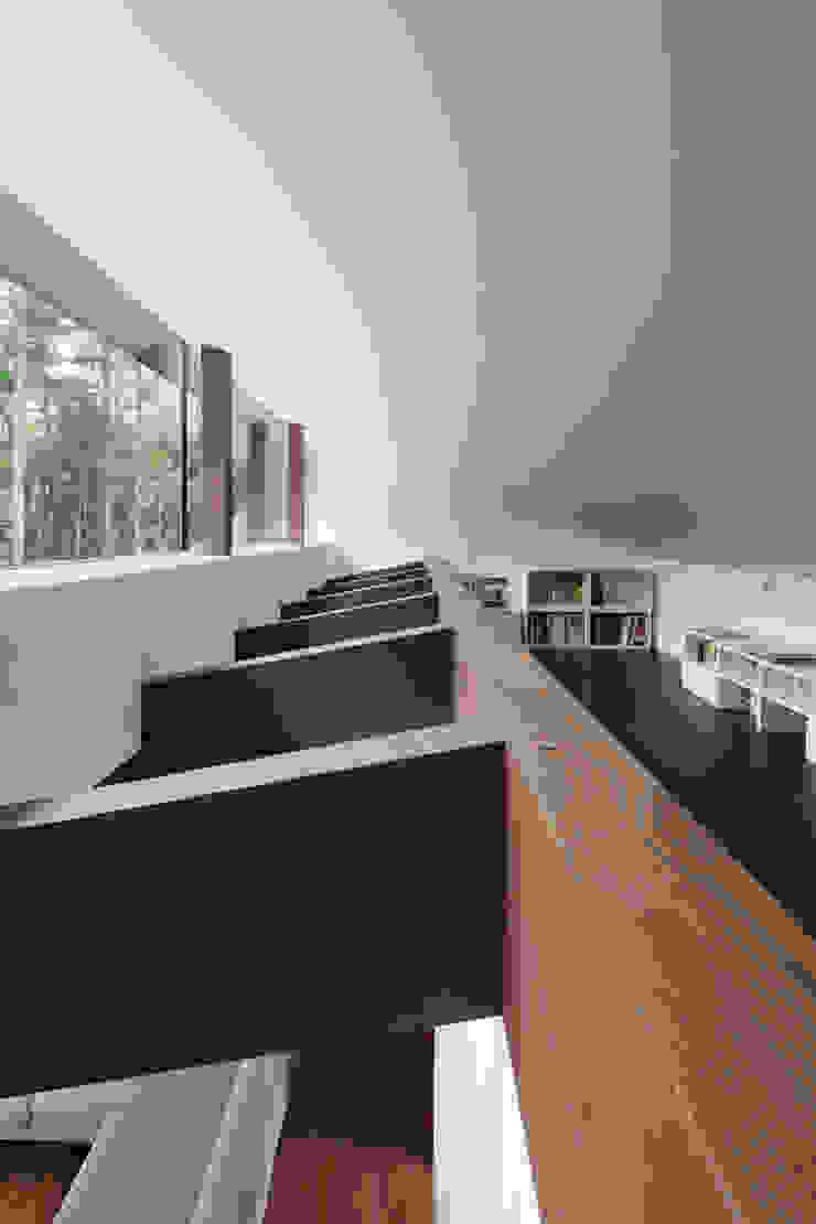 ロフト~025軽井沢Sさんの家 和風デザインの 多目的室 の atelier137 ARCHITECTURAL DESIGN OFFICE 和風