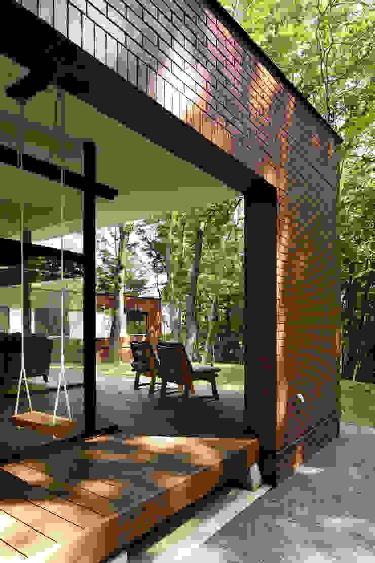 029那須Hさんの家 クラシックデザインの テラス の atelier137 ARCHITECTURAL DESIGN OFFICE クラシック
