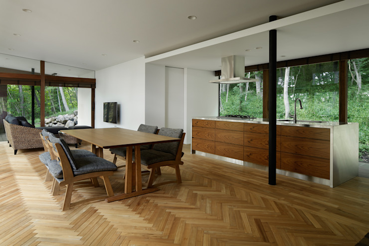 Scandinavian style dining room by atelier137 ARCHITECTURAL DESIGN OFFICE Scandinavian Wood Wood effect