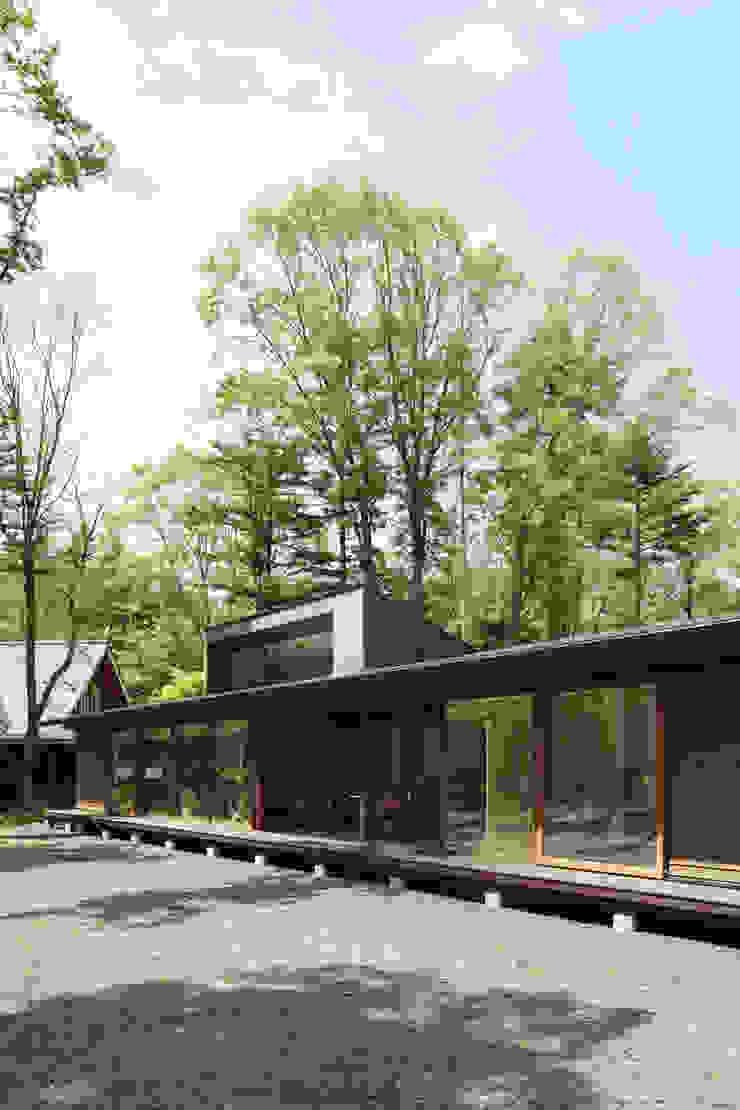 外観~025軽井沢Sさんの家 日本家屋・アジアの家 の atelier137 ARCHITECTURAL DESIGN OFFICE 和風 木 木目調